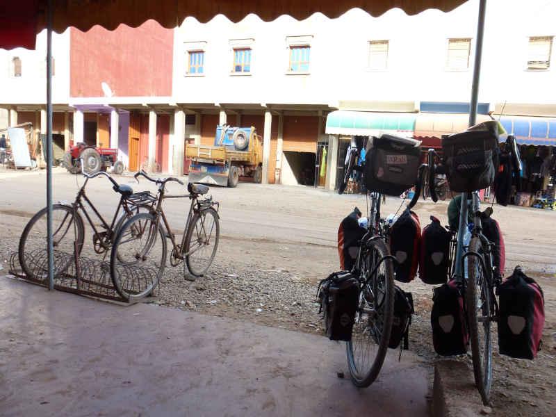 touring bikes for adventurous rides