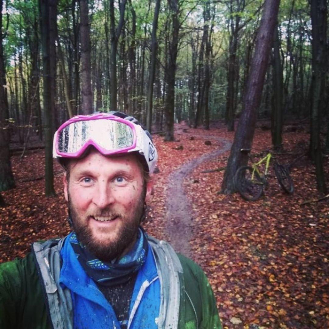 james thomas adventure cyclist