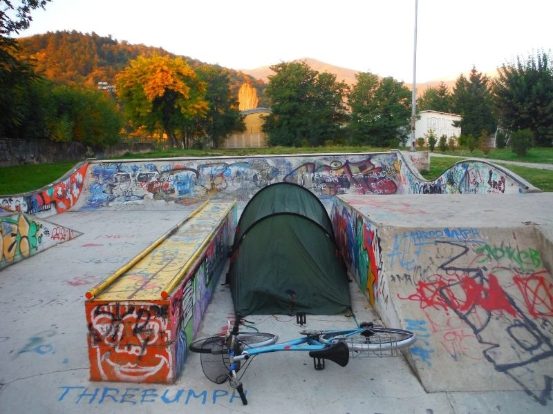 free style free standing tent in a skate park